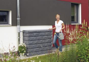 Декоративная емкость для сада и участка Каменная стена